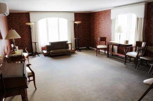 Visitation Room at Laing Funeral Home Inc.
